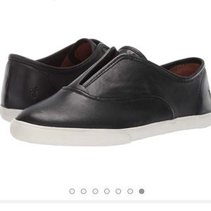 NWT Black Frye Mindy Slip On Sneakers